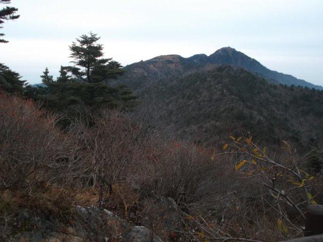 Looking back at Cheonwangbong